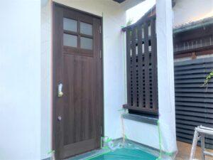 奈良市 戸建て 玄関ドア 木製ドア 鍵穴 木製格子 塗装工事 DAITAKU ダイタク